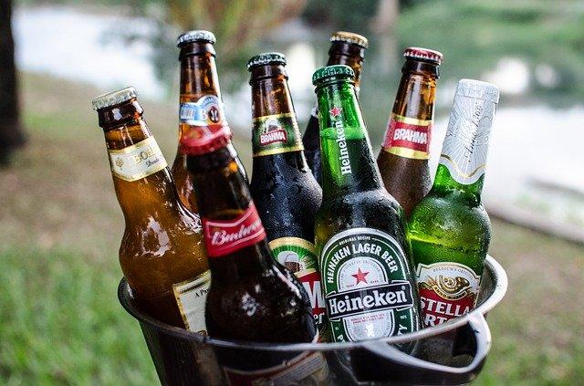 beers-2447512_640