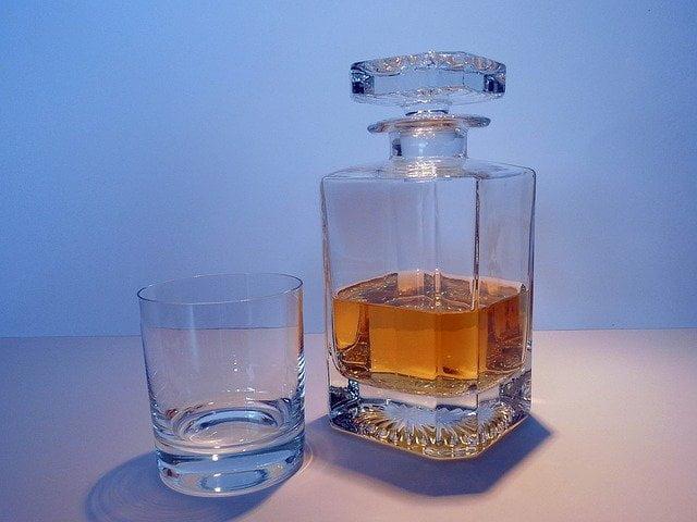 alcohol-1278880_640