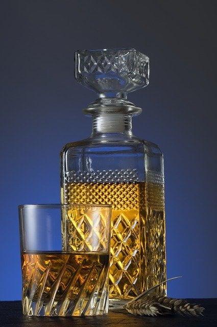 glass-1984282_640